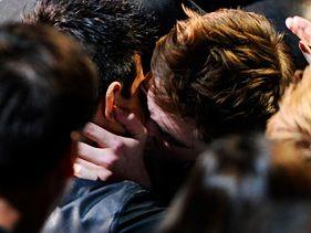 'Twilight' Movie Awards Kiss 'Shocked' Ryan Reynolds, Blake Lively
