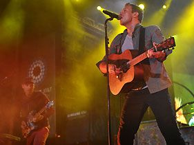 Coldplay Call Rihanna Collabo 'Favorite Bit' On Mylo Xyloto