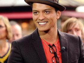 Bruno Mars' 'Breaking Dawn' Video!