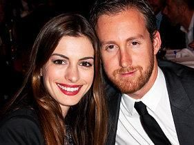 Anne Hathaway Engaged To Adam Shulman
