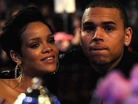 Chris Brown Denies Rihanna Relationship Rumors