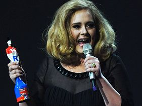 Adele Flashes Middle Finger At Brit Awards
