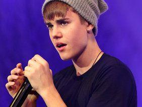 Justin Bieber's 'Boyfriend' Poised For Big Debut