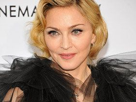 Madonna Plays Social-Media Game Just Right To Promote MDNA