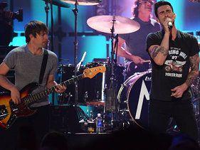 Maroon 5 To Collaborate With Wiz Khalifa On Overexposed
