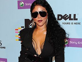Nicki Minaj 'A Very Obnoxious Person,' Lil' Kim Says