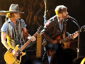 Black Keys Starting A Band With Johnny Depp After Movie Awards?
