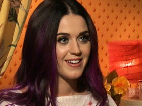 Katy Perry Doesn't Want To 'Hide' From Divorce
