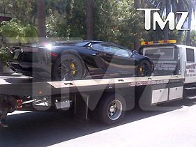 Kim Kardashian Gives Kanye West $750K Birthday Lamborghini