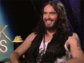 Russell Brand Plans Some Movie Awards Lady-Killing