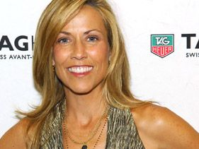 Sheryl Crow's Brain Tumor: A Neurosurgeon Weighs In