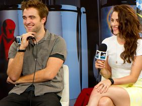 Kristen Stewart And Robert Pattinson: A Timeline Of Their Love