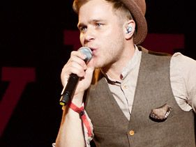 Olly Murs Thanks One Direction Fans For Their Support