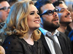 Adele Shoots Down Wedding Rumors: 'I'm Not Married'