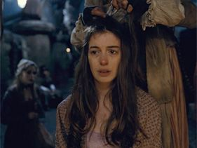 'Les Miserables' Star Anne Hathaway Sings With 'Extraordinary Fragility'