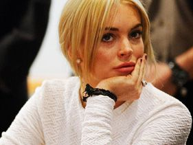 Lindsay Lohan And Mom Dina Involved In 911 Altercation