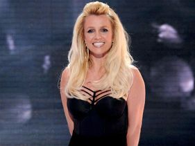 Britney Spears Toasts 31st Birthday After Very Active 2012