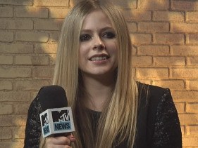 Avril Lavigne Admits 'I Don't Want To Grow Up'