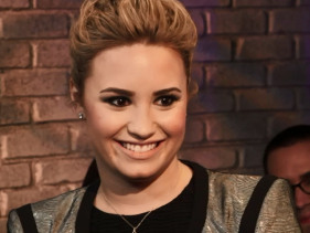 Demi Lovato Opens Up On Demi, Hangs With Lovatics And Draws Dirty Pics