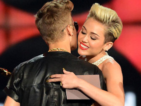 Justin Bieber And Miley Cyrus: An Item In The Studio?