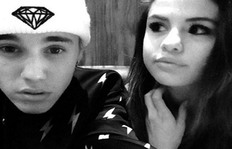 Chef Justin Bieber Teases Selena Gomez In The Kitchen: So Cute!