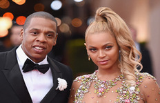 This Aerial View Of Beyonce And Jay Z Getting Mobbed Will Make Your Hands Sweat