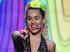 Miley Cyrus' Crazy AF Insta Will Give You Serious FOMO, Probably