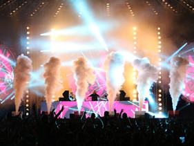HOE-M-G! Steve Aoki, Oliver Heldens, DJ Fresh, Deorro & More Obliterate Plymouth