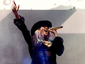 Kesha Is Officially Back In The Studio